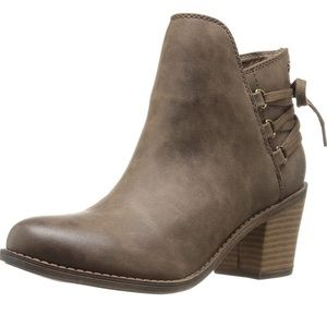 Roxy Dulce Brown Ankle Boot